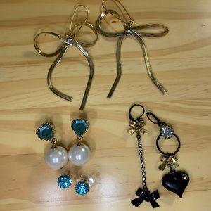 Betsey Johnson Mismatched Dangle Earrings Lot of 4